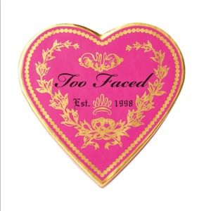 Too Faced sweethearts perfect flush blush.